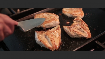 cook%20chicken%205-7%20minutes%20on%20ea